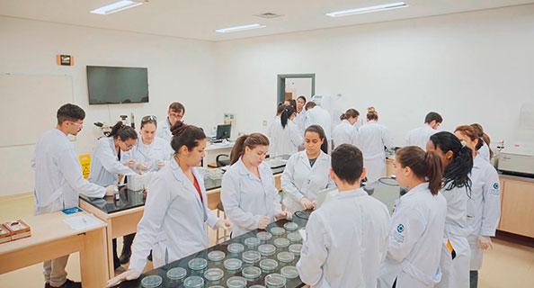 Laboratório Multiprofissional