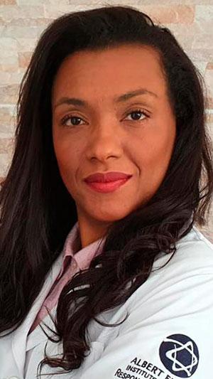Conheça a história da Dra. Renata, cardiologista e docente do Einstein, em busca dos seus sonhos